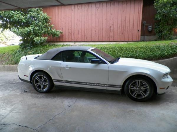 2012 November Car of the Month - Dawne Thompson